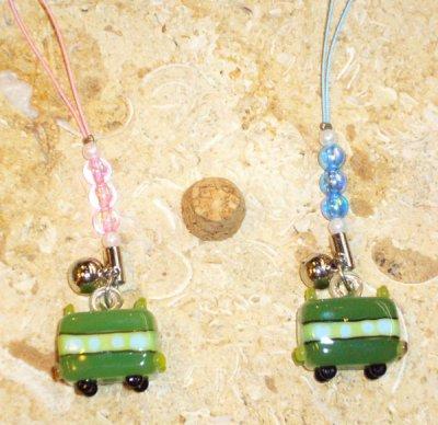 画像1: 色ガラス 電車のストラップ・ブルー(写真右)