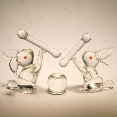 画像1: ウサギのお餅つきセット(クリア) 干支 ガラス細工 雑貨 置物