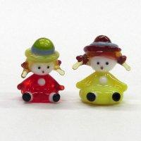 仲良し女の子 帽子の女の子 世界の子どもたち ガラス細工 雑貨 置物