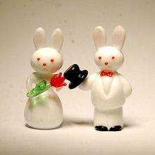 他の写真1: うさぎさんカップル 結婚祝い ガラス細工 雑貨 置物