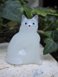 座ネコ(ミルク) ガラス細工 雑貨 置物
